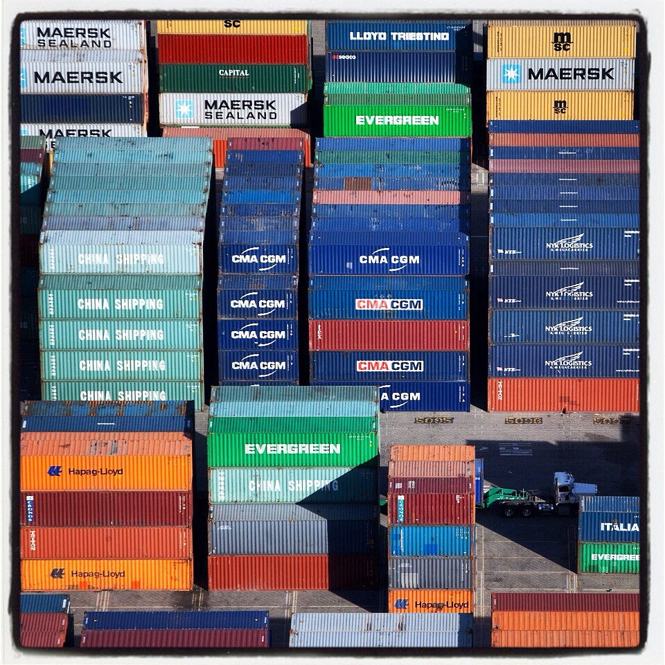 Arial photo of shipping containers in the Port of Oakland from Maersk, Evergreen,CMA CGM, China Shipping and Hapag-Lloyd.